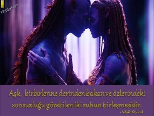 Aşk birbirlerine derinden bakan.jpg